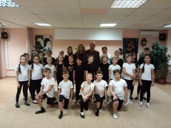 Актеры ТЮЗа провели мастер-класс для детей