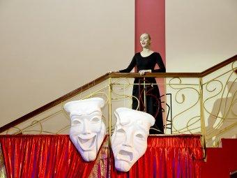 О духе театра и актерской жизни: в Астраханском ТЮЗе прошла «Ночь искусств»
