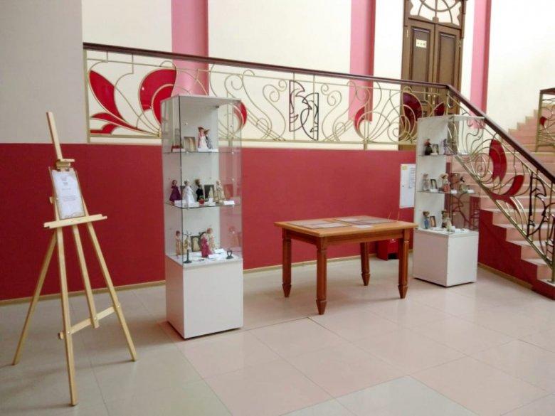 В ТЮЗе открылась историческая выставка к Дню театра